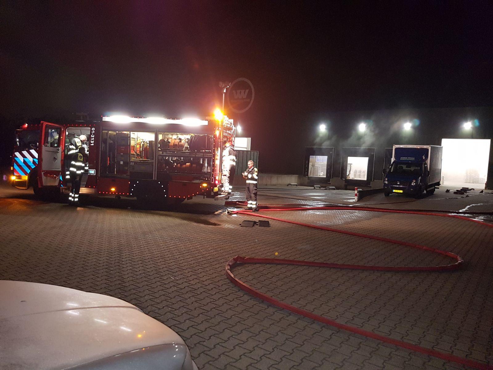 Oefening-Brandweer-in-pand-Mondial-Oostland-Logstics-te-Kolham-1